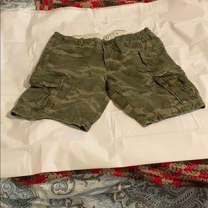GUC Men's A&F Sz 36 Camo Cargo shorts